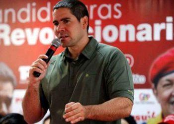 Winston Vallenilla: El objetivo es recuperar la Asamblea Nacional y ponerla al servicio del pueblo