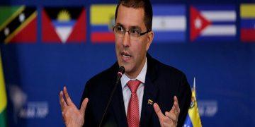 Canciller Arreaza lamenta postura del Gobierno de Argentina al pretender agredir y desestabilizar países soberanos