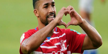 Venezolano Yangel Herrera anotó en triunfo del Granada frente al Sevilla