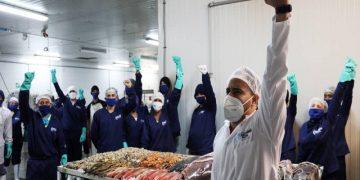 21 mil toneladas de proteínas marinas son destinadas a programas sociales