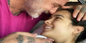 Gianluca Vacchi y Sharon Fonseca le dan la bienvenida a su hija