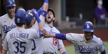 Dodgers siguen con vida al derrotar 7-3 a los Bravos