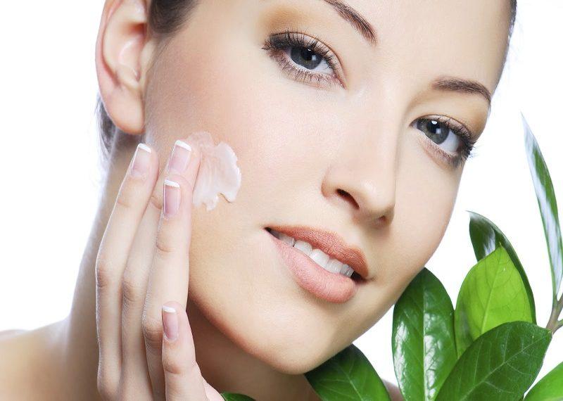 Consejos para cuidar tu piel y mantenerla hidratada