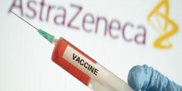 Vacuna de Oxford contra Covid-19 tiene efectividad del 70 %