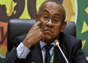 Fifa sancionó al presidente de la CAF por incumplir Código de Ética