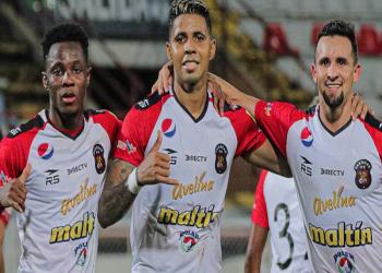 Caracas FC derrotó 2-0 al Portuguesa con goles de Bonsu y Celis