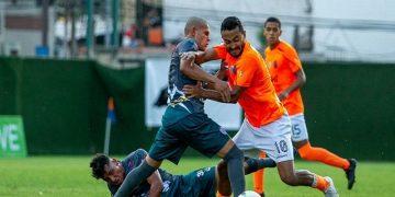 Deportivo La Guaira en la cima de la Liga Futve tras vencer 2-0 a Mineros de Guayana