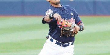 Dixon Machado renovó contrato con Gigantes de Lotte en la Liga de béisbol coreana