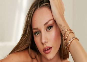 Actriz española Ester Expósito reveló que sufre de trastornos de ansiedad