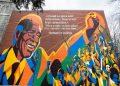 Develan un colorido mural en honor a Nelson Mandela en Montreal